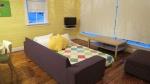 Twillingate,-Newfoundland,-Daisy's-living-room-6.jpg