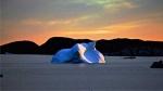 Twillingate,-Newfoundland,-Daisy's,-iceberg-13.jpg